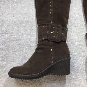 Brown suede knee high wedge heel boots size 38